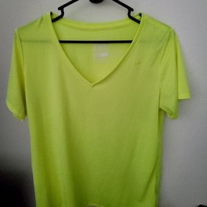 Woman's Nike XL shirt